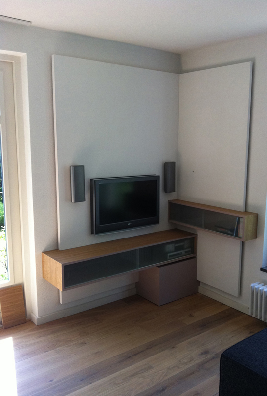 In opdracht  Torenvliet  TV meubel Floris van der Burgs  ~ Tv Wand Led